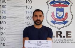 Homem é preso suspeito de falsificar receitas médicas e vender medicamentos controlados em Cuiabá