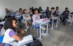 35 escolas voltam às atividades em todo o Estado; no total 361 estão em aula, diz governo de MT