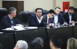 Governo de MT prevê orçamento com mais R$ 700 milhões de déficit para 2020