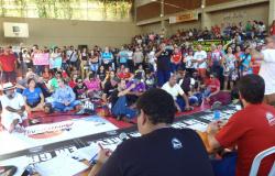 Professores mantêm greve e vão registrar BO contra o Governo por cortes