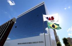 Governo anuncia PEC para acabar com inscrição obrigatória na OAB