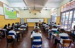 ANO LETIVO DE 2019:  Professores não vão dar aulas aos sábados e feriados, e calendário vai até março