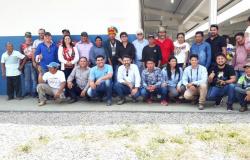 Apiacás: Comunidade indígena da Aldeia Kururuzinho comemora entrega de escola nova