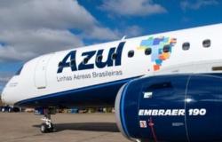 Azul é condenada: Passageiro de AF a Cuiabá teve o voo remarcado e teve que aguardar na rua