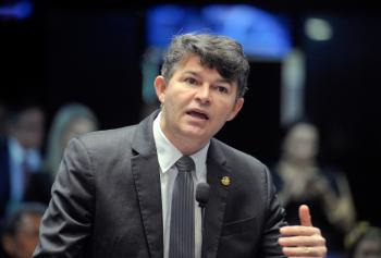 Projeto de José Medeiros vira lei e acaba com pensão de criminosos condenados
