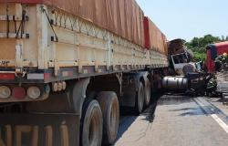 Colisão entre veículos deixa três feridos em Lucas do Rio Verde
