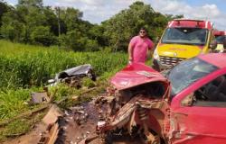 Criança morre depois de acidente entre três veículos na BR 163