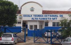 Alta Floresta: Escola Técnica oferta 40 vagas de curso de Eletricista de Sistemas de Energias Renováveis