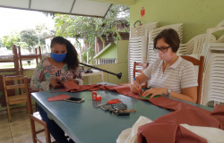 Prefeitura de Nova Monte Verde intensifica confecção de máscaras caseiras