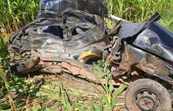 Matupá: acidente entre carro e carreta deixa 2 mortos na BR-163