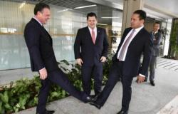 Fávaro costura apoio de Bolsonaro para a eleição