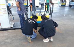 Polícia Civil realiza fiscalização em posto de combustível alvo de denúncias em Sorriso
