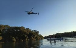 Operação contra pesca ilegal faz sobrevoo de helicóptero sobre o Rio Teles Pires em Sorriso