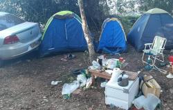 Sorriso: Polícia Militar fecha acampamento de pessoas no rio Teles Pires