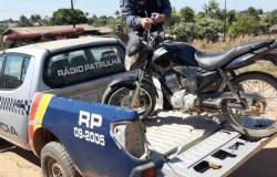 Suspeitos são detidos em Nova Monte Verde por furto de moto em Apiacás