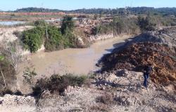 Operação fecha áreas de extração ilegal de ouro em distrito de Peixoto de Azevedo
