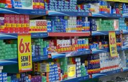 Governo de MT sanciona lei que autoriza farmácias e drogarias a receberem receitas de remédios controlados por aplicativos