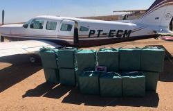 Avião carregado com 450 kg de cocaína é interceptado pela FAB e obrigado a pousar em Rondonópolis