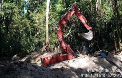 Com auxílio de satélite, fiscalização da SEMA de Alta Floresta e Polícia Civil embarga garimpo ilegal em Apiacás