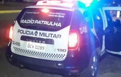Polícia acaba com festa em estádio no Nortão devido à Covid e prende mulher por desobediência