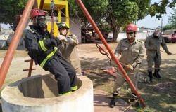 Bombeiros militares de Alta Floresta participam de treinamento em espaço confinado vertical