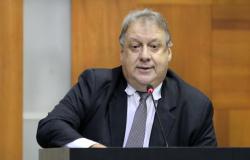 Em grampo, Romoaldo diz que Júlio mandou prender ex-secretário; Filho de Silval acusa Taques por prisão do pai