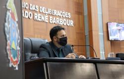 Deputado Claudinei reclama da falta de materiais no Hospital Regional de Rondonópolis