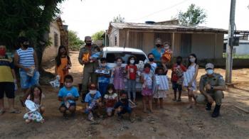Corpo de Bombeiros entrega cerca de 1.000 brinquedos a crianças do município de Alta Floresta