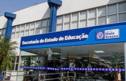 Governo decide manter aulas não presenciais; professores continuam em teletrabalho