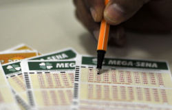 Mega-Sena, concurso 2.312: ninguém acerta as seis dezenas e prêmio acumula em R$ 45 milhões