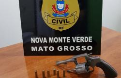 Nova Monte Verde: homem acaba preso por porte ilegal de arma durante barreira volante do INDEA