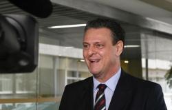 Carlos Fávaro vence eleição suplementar e mantém cadeira no Senado Federal