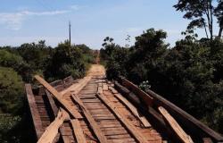 Alta Floresta: moradores da Pista do Cabeça enfrentam dificuldades com pontes quebradas