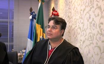 Juiz Roger Augusto da 5ª Vara de Justiça Criminal de Alta Floresta pede transferência
