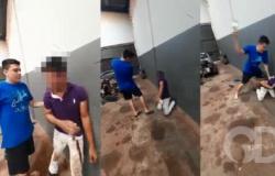 Vídeo mostra homem sendo espancado ao ser cobrado de dívida; cenas fortes