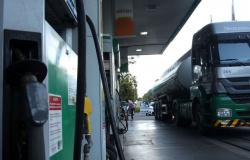 Petrobras aumenta preço do diesel e da gasolina nas refinarias a partir desta quarta