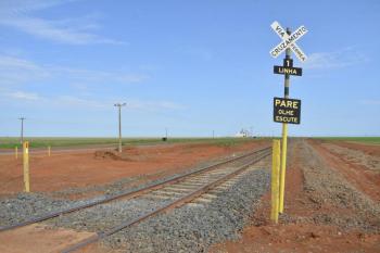 Ferrovia opõe grupos políticos no Estado