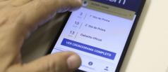 Estudantes do Enem lidam com internet precária e estudos pelo celular