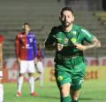 Cuiabá derrota Paraná e fica a um ponto da Série A