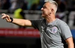 Cuiabá negocia contratação do técnico Tiago Nunes ex - Corinthians
