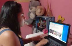 Estudante cega auxilia a Seduc para melhorar acesso dos alunos deficientes visuais às aulas online