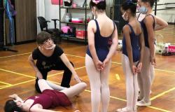 Bailarina e produtora de Rondonópolis é homenageada como mestre da cultura em MT