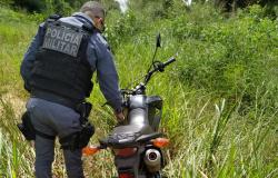 Polícia de Nova Canaã localiza moto que foi furtada no município de Carlinda