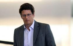 Ministro Ricardo Salles demite chefias do Ibama em 4 estados