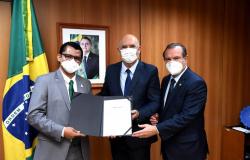 Reitor  da IFMT Julio Santos é empossado em Brasília e anuncia Plano de 100 dias