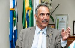 """""""O voto impresso institucionaliza a compra de votos"""", diz novo presidente do TRE"""