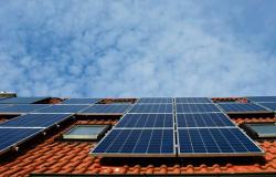 COBRANÇA DE ICMS: Usuários de energia solar são surpreendidos com taxação do sol