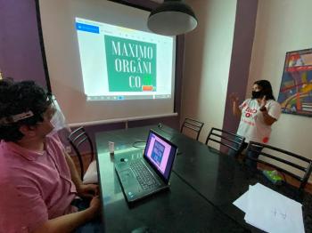 Laboratório de comunicação e cultura promove inclusão digital e fomenta economia local