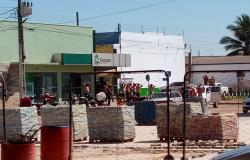 Bandidos assaltam cooperativas de crédito em Nova Bandeirantes; assista