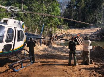Operação Amazônia em Colniza (MT) — Foto: Sema-MT